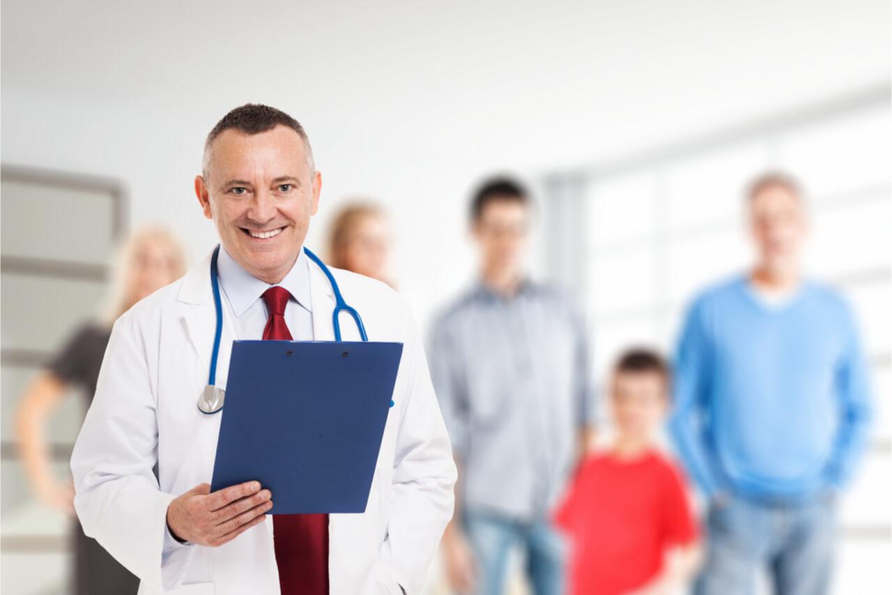 Should I Choose Private or National General Dental Insurance Guide